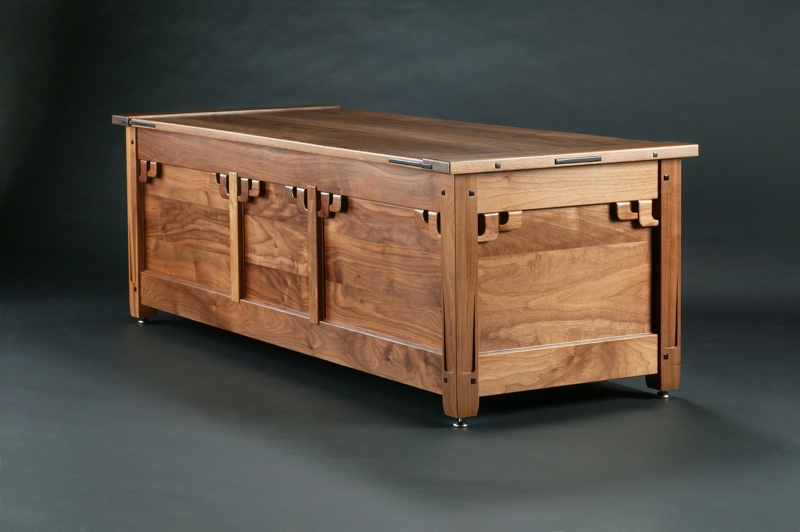 Blanket Chest Plans Free Woodworking Projects | DiZiWoods.com