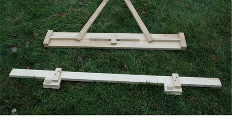 Bottom: jig for first course (roughly 4 feet wide).  Top: jig for successive courses (roughly 3 feet wide; course exposure is 7 inches).