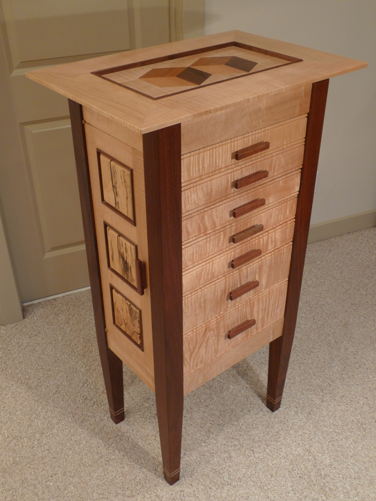 Innovative CurvedDoor Jewelry Chest  Woodsmith Plans