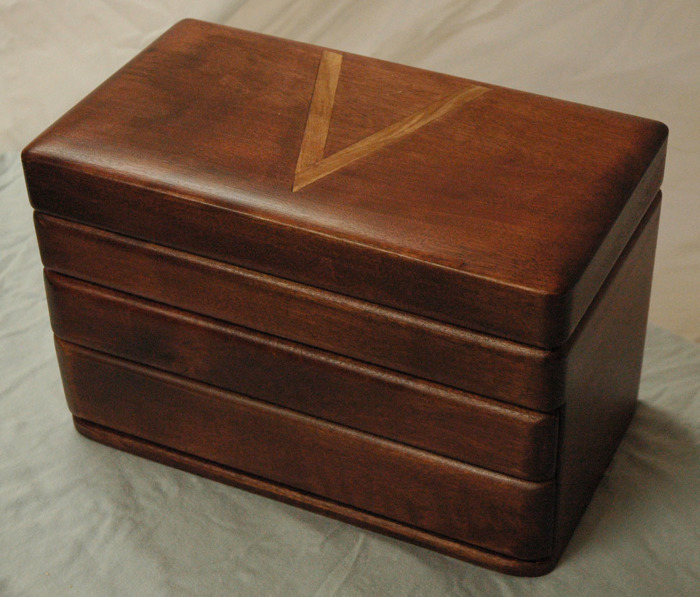 Fantastic Box Reader S Gallery Fine Woodworking More Valet Boxes Woodworking Box