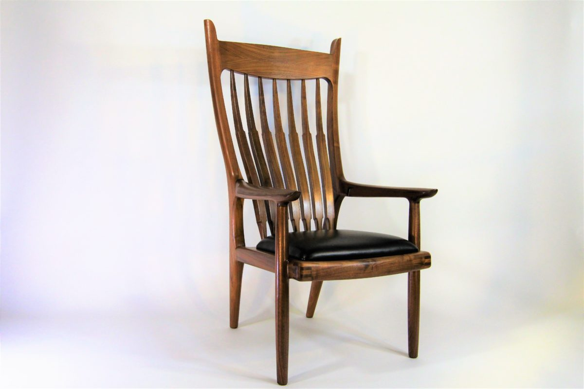 Hbc 52 walnut arm chair finewoodworking for Fine woodworking magazine discount