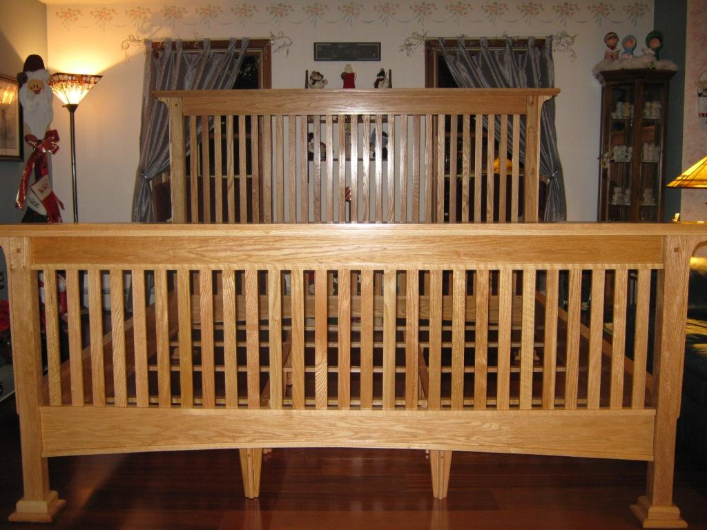 Red oak king size mission style bed finewoodworking for Arts and crafts bed plans