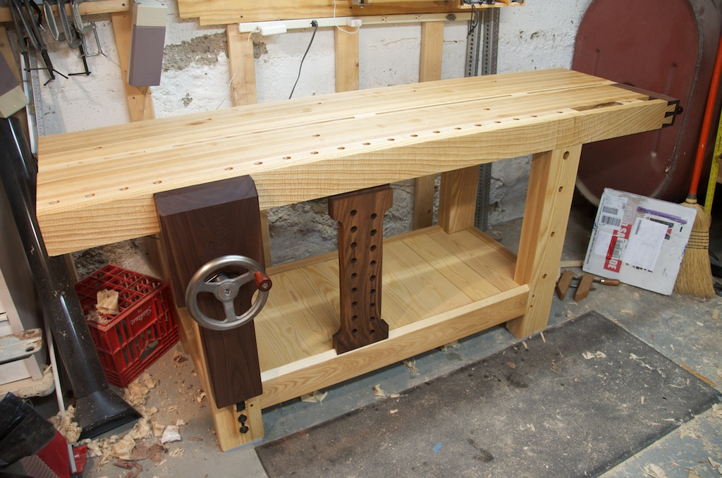 TWW/Benchcrafted Split Top Roubo Bench - FineWoodworking