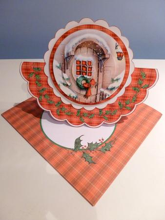 Card Gallery - THE CHRISTMAS DOOR - PYRAMID ROCKER CARD KIT