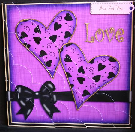 Card Gallery - 8 x 8 Love Hearts Kit with Scalloped Corners