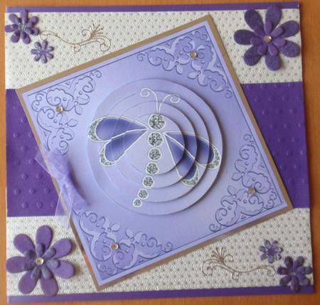 Card Gallery - Dragonfly Circle Pyramage Topper