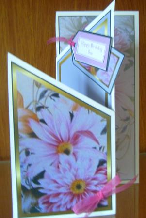 Pink Daisy Cascade in Card Gallery
