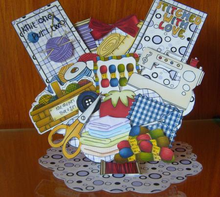 Knit Sew Pocket Easel Card Kit in Card Gallery