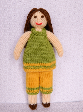 Daisy Doll Knitting Pattern : Doll Knitting Pattern - Daisy Doll - Autumn Leaves Outfit ...