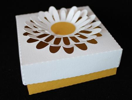 Latest Upload - Pop out daisy favour box, SVG, DXF, PDF