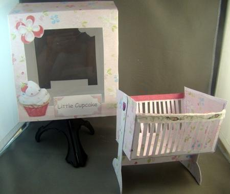 Card Gallery - Cute cupcake swinging crib and gift bag