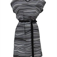 Zig zag dress image