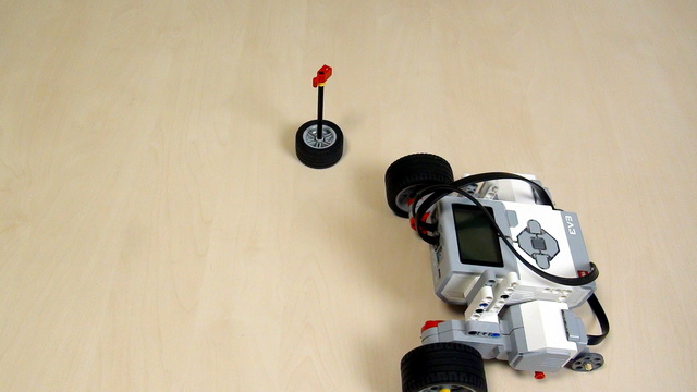 Image for EV3 Phi. Teacher's Note about turning around a pole