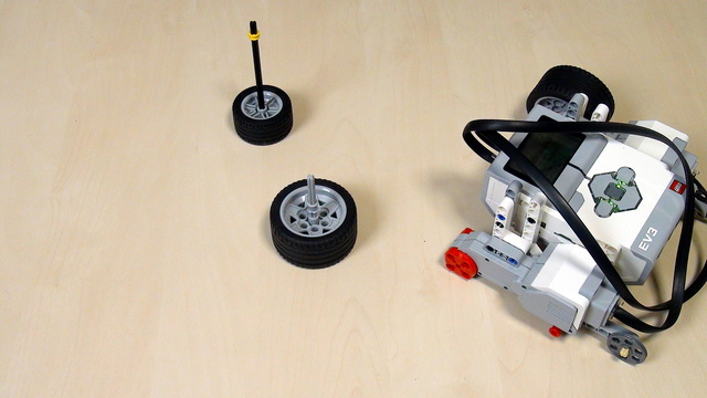 Image for EV3 Phi. Spin turn with LEGO Mindstorms robots
