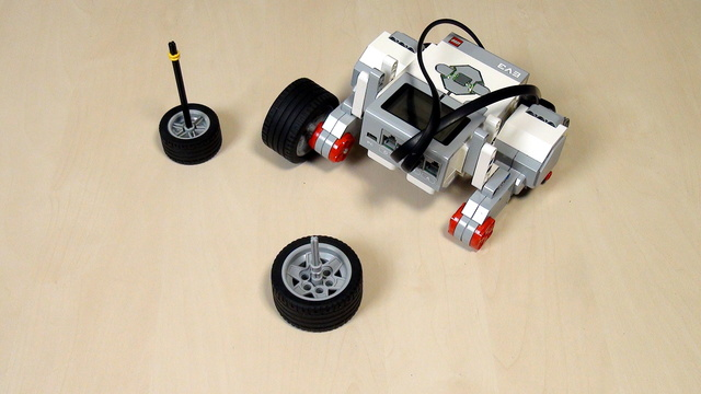 EV3 Phi. Task for pivot turn with LEGO Mindstorms EV3 robots