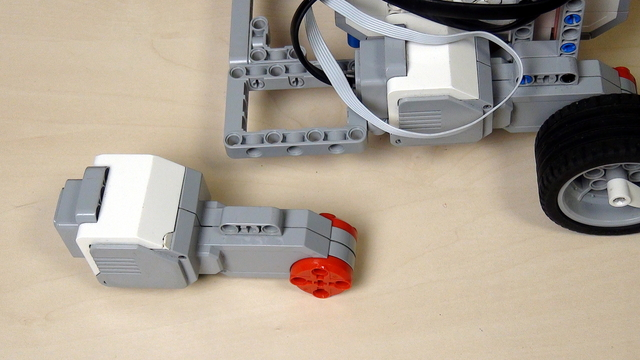 Image for Find the LEGO Mindstorms motors that work best for you