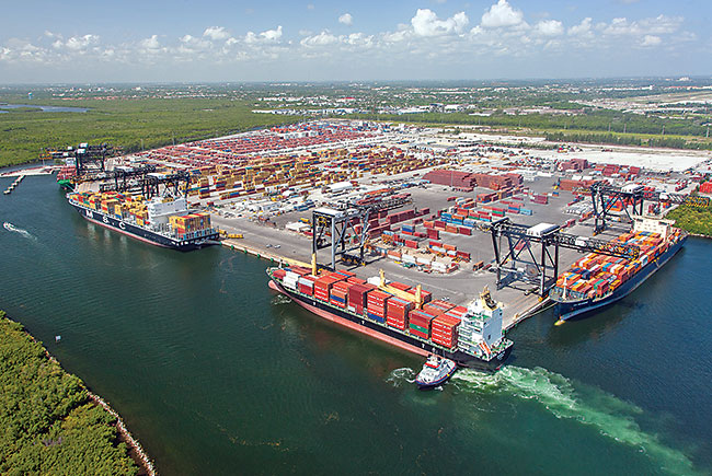 Snapshot: Ships and Ports in Florid
