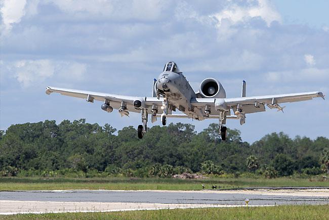 jet landing at Avon Park