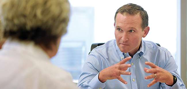 Hands on: Jacksonville's Mayor Lenny Curry gets to work