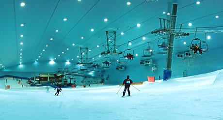 Indoor ski slop