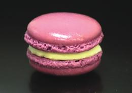 Le Macaron's Creme Brulee macaron