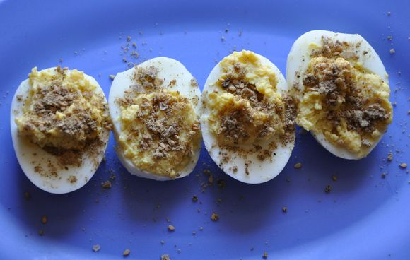 http://s3.amazonaws.com/food52_assets/indeximages/18649/large/Dukkah_Deviled_Eggs_for_food52.jpg?1308585952