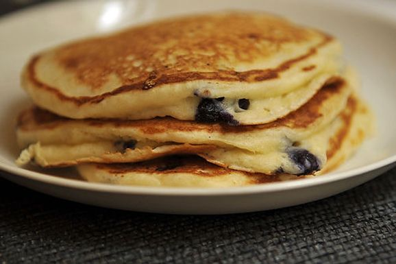 Lemony Cream Cheese Pancakes