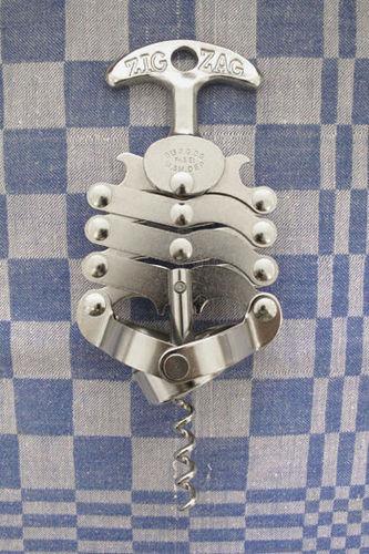Le Zig-Zag Corkscrew