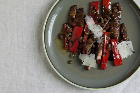 Spanish-Style Grilled Portobello Mushrooms and Peppers