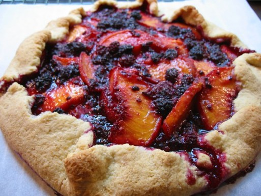 Wild_mountain_blackberry_peach_tart