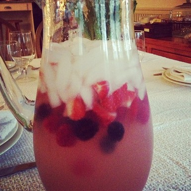 Mixed_berry_sangria