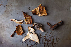 Mushroom Mania: Dried Varieties & Recipes