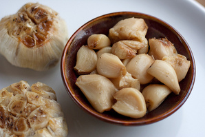 Kitchen Basics: Roasted Garlic