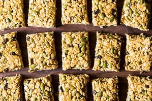 The New Veganism: 5-Minute, No-Bake Granola Bars
