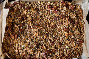 Easy Everyday: Olive Oil and Maple Granola