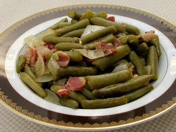 Texas Roadhouse Green Beans (Copycat) Recipe from Food.com on FoodPair