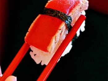 Tuna-nigiri-ck-320346-l