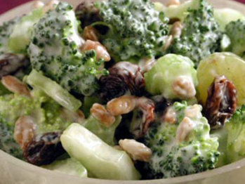 Broccoli-salad-ck-577261-l