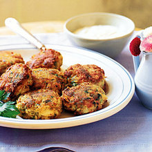 Crab Cakes with Horseradish Cream Recipe