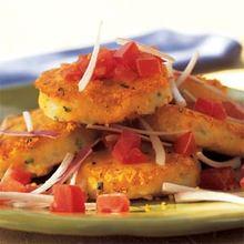 Llapingachos Ecuatorianos (Ecuadorean Potato-and-Cheese Patties) Recipe