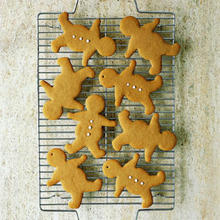 Old-Fashioned Gingerbread Men Recipe