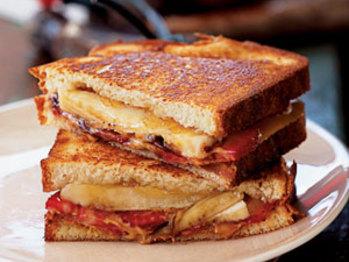 Banana-sandwiches-ck-1141987-l