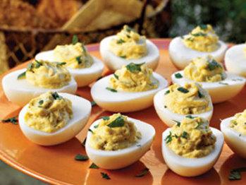 Deviled-eggs-sl-1624529-l