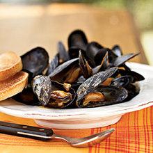 Steamed Mussels in Saffron Broth Recipe
