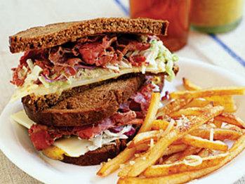 Pastrami-sandwiches-su-1842385-l