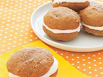 Gingersnap-whoopie-pies-ay-l