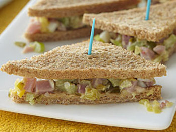 Ham-salad-sandwiches-ay-l