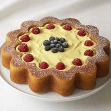 Daisy Ann Cake with Lemon Curd and Berries Recipe