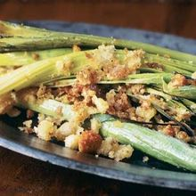 Leeks with Buttered Bread Crumbs Recipe