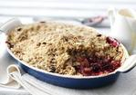 Crunchy apple and blackberry crumble Recipe